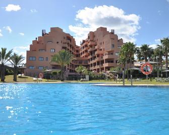 Apartamentos Turísticos Don Juan - Manilva - Zwembad