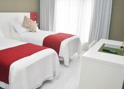 Magno Suites - Malabo - Bedroom