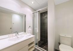 Macleay Hotel - Sydney - Phòng tắm