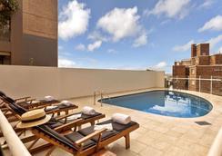 Macleay Hotel - Sydney - Bể bơi