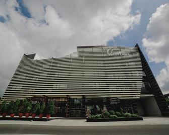 The Carmen Hotel - Нага - Building