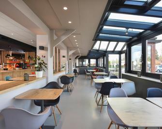 ibis Charleroi Airport Brussels South - Fleurus - Bar