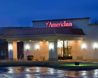 AmericInn by Wyndham Johnston Des Moines - Johnston - Building
