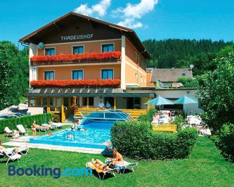 Hotel Restaurant Thadeushof - Portschach am Wörthersee - Edificio