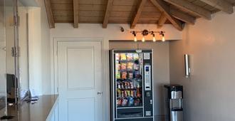Morada Inn - Garden Grove - Zimmerausstattung