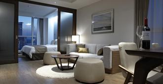 Ocloud Hotel Gangnam - Seoul - Living room