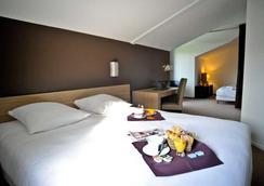 Hotel Loreak - Bayonne - Bedroom
