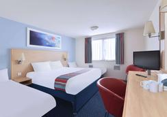 Travelodge Great Yarmouth Acle - Great Yarmouth - Bedroom
