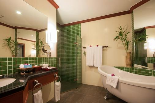 Borei Angkor Resort & Spa - Siem Reap - Bathroom