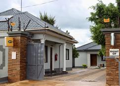 Aceh Executive Lodge - Lusaka - Rakennus