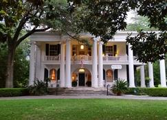 Belle Oaks Inn - Gonzales - Edificio