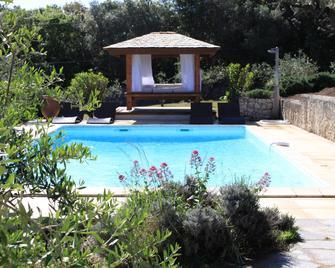Nature Et Design - Bonifacio - Pool
