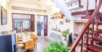 Happy Saigon Hostel - Ho Chi Minh City - Building