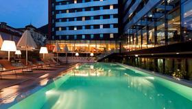Novotel Lugano Paradiso - Lugano - Bể bơi