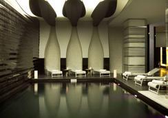 伊斯坦堡佩拉雷迪森布魯酒店 - 伊斯坦堡 - 伊斯坦堡 - 游泳池