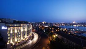 Radisson Blu Hotel, Istanbul Pera - Istanbul - Outdoor view