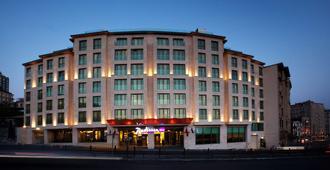 Radisson Blu Hotel, Istanbul Pera - Estambul - Edificio