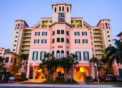 Pink Shell Beach Resort & Marina - Fort Myers Beach - Building