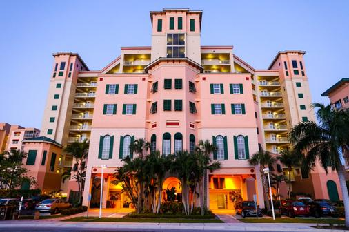 Pink Shell Beach Resort & Marina - Fort Myers Beach - Rakennus
