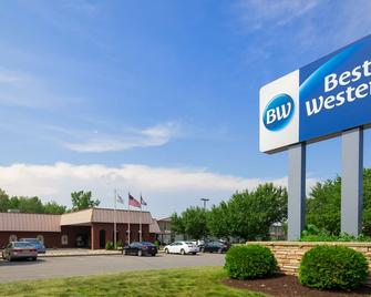 SureStay Plus Hotel by Best Western Albany Airport - Албані - Building