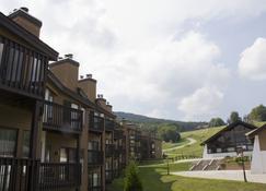Mountain Lodge At Okemo - Ludlow - Outdoor view