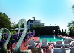 Relais I Due Roccoli - Iseo - Pool