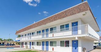 Motel 6 Cheyenne, WY - Cheyenne - Gebäude