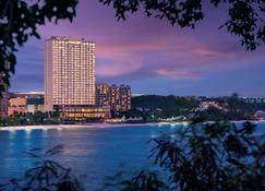Dusit Thani Guam Resort - Tamuning - Building