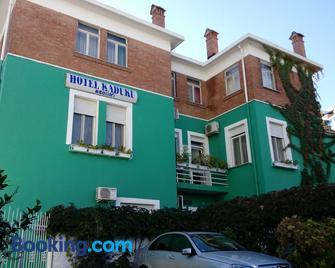 Hotel Kaduku - Scutari - Edificio