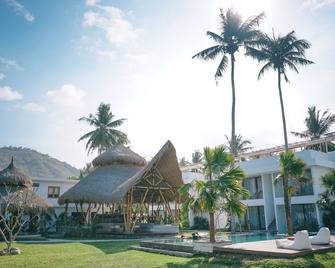 Sikara Lombok Hotel - Kuta - Gebouw