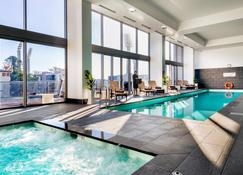 Fraser Suites Perth - Perth - Svømmebasseng