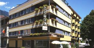 Hotel Crystal - Interlaken - Building