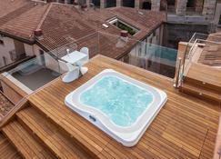 Hotel Milano & Spa - Верона - Бассейн
