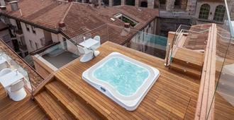 米蘭水療酒店 - 維羅納 - 維羅那 - 游泳池