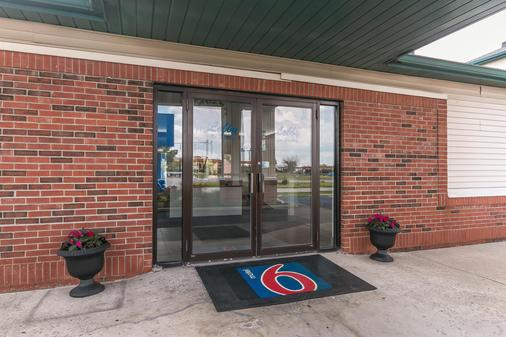 Motel 6 Georgetown - Lexington North - Georgetown - Building