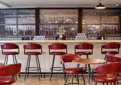 Freepoint Hotel Cambridge, Tapestry Collection by Hilton - Cambridge - Bar