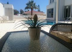 Colonial Beach Villa - Perivolia - Pool