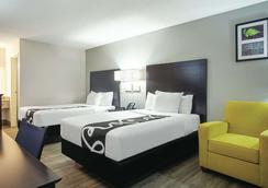 La Quinta Inn by Wyndham West Palm Beach - Florida Turnpike - West Palm Beach - Bedroom