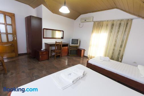 Vila 57 - Tirana - Bedroom