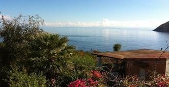 Vulcano Blu Terme Suites & Seaview - Vulcano - Vista del exterior