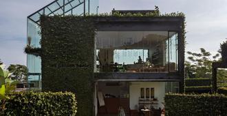 Tea Garden Resort - Bandung - Edificio