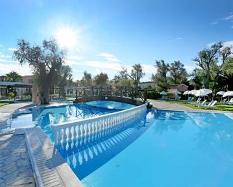 Apollo Palace - Mesoggi - Pool