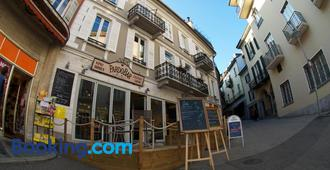 Pardo Bar - Locarno - Building