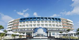 Cypress Resort Kumejima - Kumejima