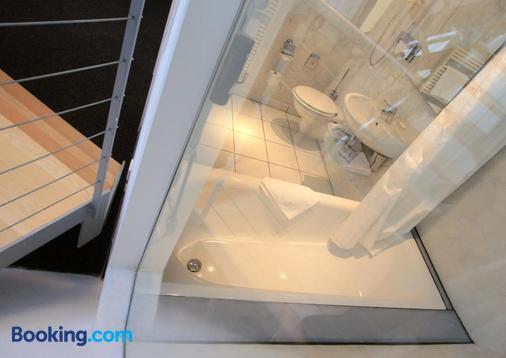 Hotel Chelsea - Cologne - Bathroom
