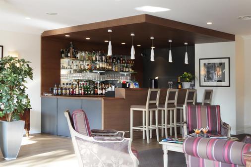 Best Western Plus Hostellerie Du Vallon - Trouville-sur-Mer - Bar