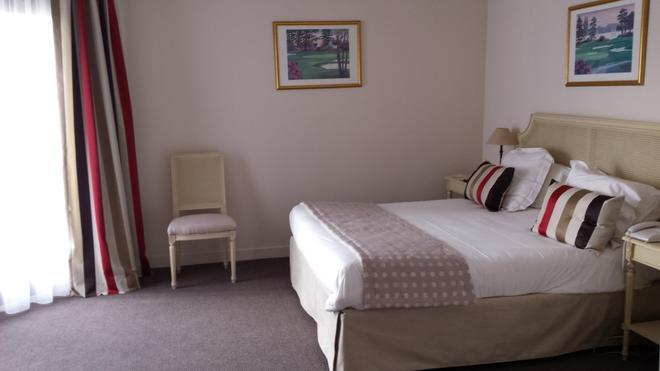 Best Western Plus Hostellerie Du Vallon - Trouville-sur-Mer - Bedroom