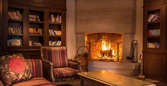 Best Western Plus Hostellerie Du Vallon - Trouville-sur-Mer - Lounge