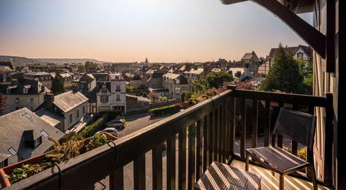 Best Western Plus Hostellerie Du Vallon - Trouville-sur-Mer - Balcony