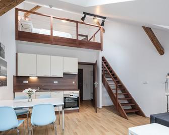 Pytloun Apartments Liberec - Liberec - Living room